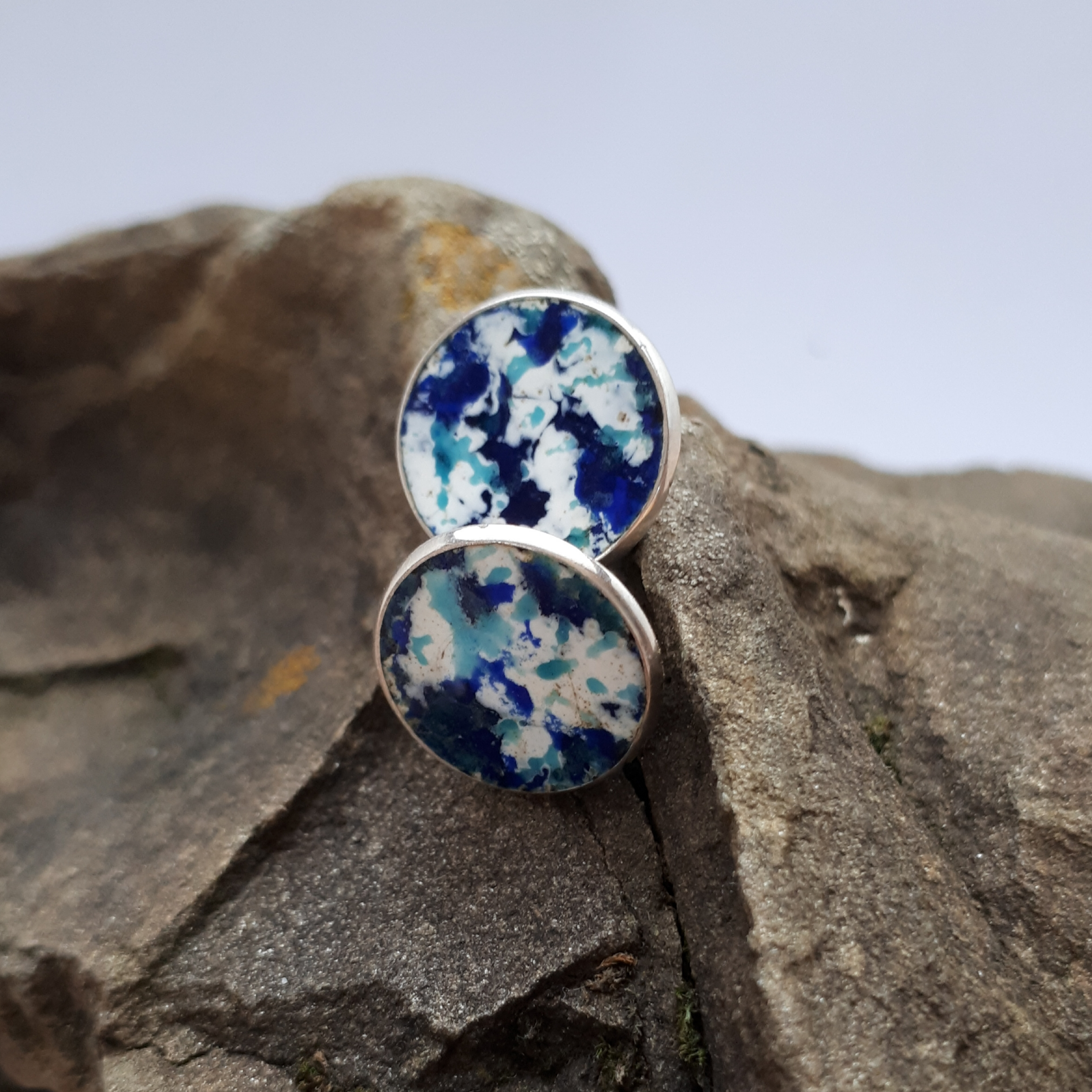 Emaillierte Ohrringe Silber,  blau - weiß