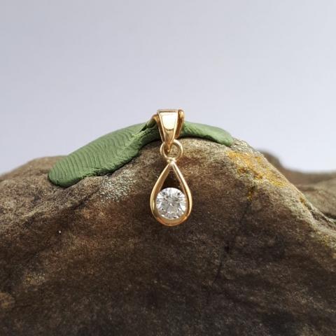 Tropfenanhänger, Gold, Diamant