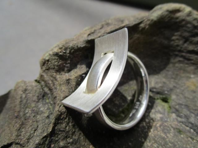 Rechteck in Rechteck, Ring Silber